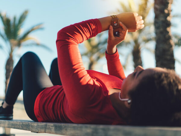 5 Great Fitness Apps to Keep You Fit_fitness, nude.in, nude, lifestyle, stay fit, lose weight, sport, healthy, healthy lifestyle, sport gadgets, sport app, health, app, Apple Watch, tracker, diet